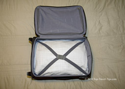 Carryon luggage perfectly packed using bundle wrapping packing method