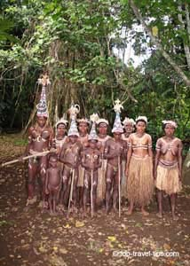 Malekula - Local family in traditional clothing